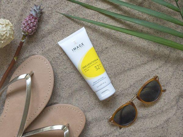 image-skincare-prevention_-daily-matte-moisturizer-spf32